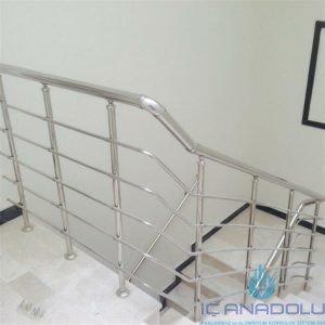 5 yatay emniyetli paslanmaz merdiven korkuluğu