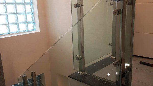 camli-paslanmaz-merdiven-korkuluk-modelleri(12)
