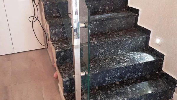 camli-paslanmaz-merdiven-korkuluk-modelleri(2)