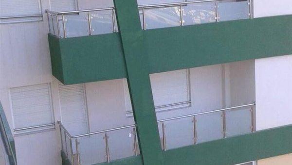 camli-paslanmaz-merdiven-korkuluk-resimleri(18)