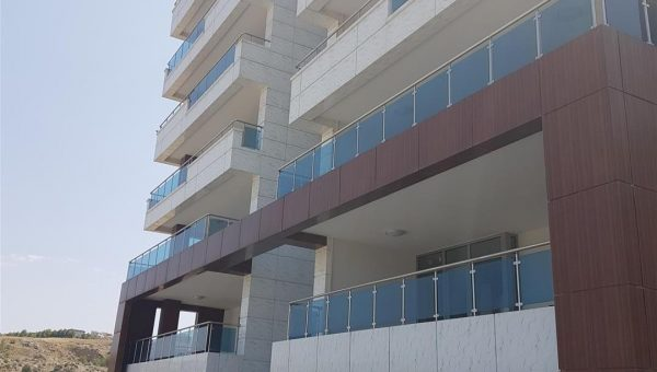 camli-paslanmaz-merdiven-korkuluk-resimleri(3)