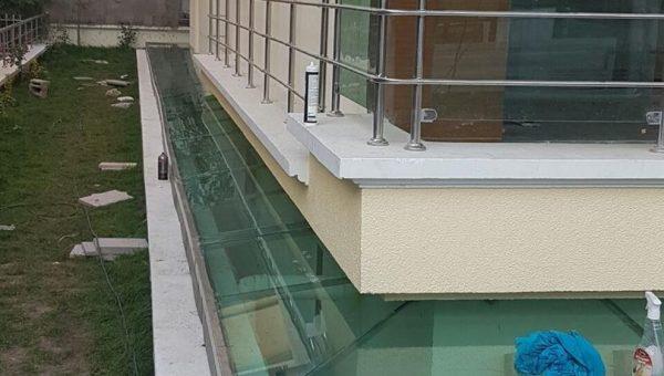 camli-paslanmaz-merdiven-korkuluk-resimleri(38)