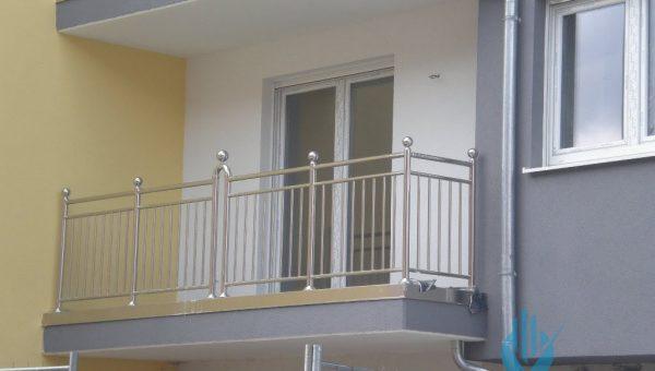 dikey-emniyetli-paslanmaz-balkon-korkuluk-modelleri (13)