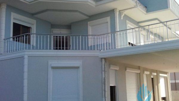 dikey-emniyetli-paslanmaz-balkon-korkuluk-modelleri (16)
