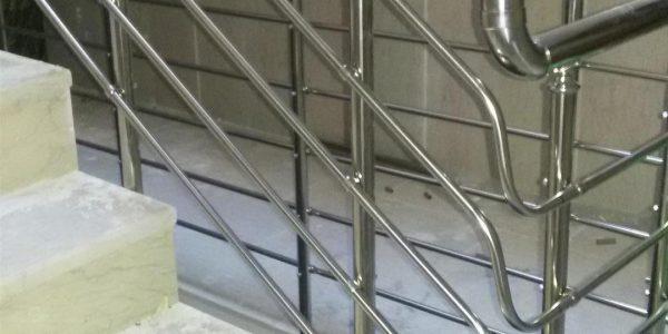 yatay-emniyetli-paslanmaz-merdiven-korkuluk(12)