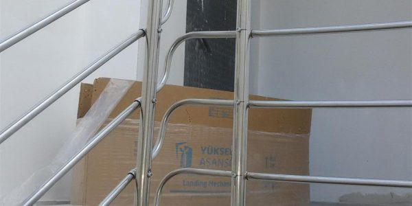 yatay-emniyetli-paslanmaz-merdiven-korkuluk(15)