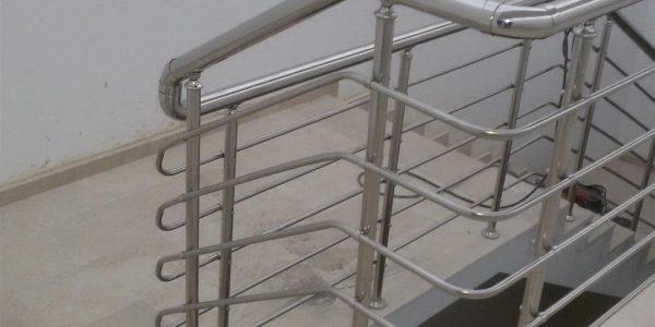 yatay-emniyetli-paslanmaz-merdiven-korkuluk(26)