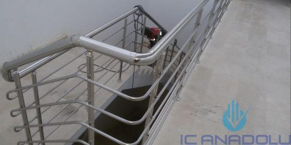 yatay-emniyetli-paslanmaz-merdiven-korkuluk(27)