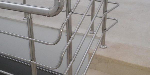 yatay-emniyetli-paslanmaz-merdiven-korkuluk(28)