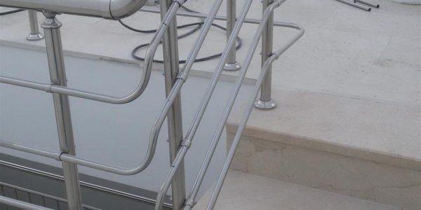 yatay-emniyetli-paslanmaz-merdiven-korkuluk(33)
