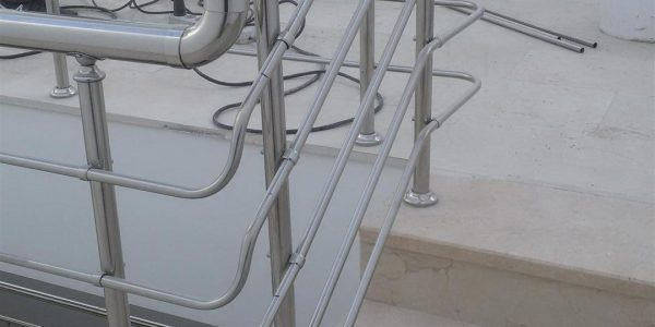 yatay-emniyetli-paslanmaz-merdiven-korkuluk(34)