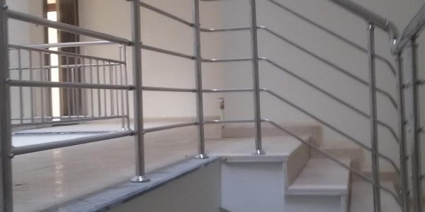 yatay-emniyetli-paslanmaz-merdiven-korkuluk(44)