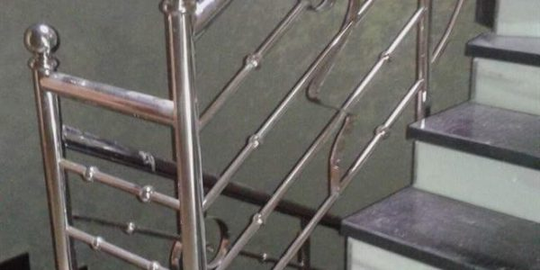 yatay-emniyetli-paslanmaz-merdiven-korkuluk(48)