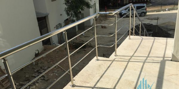 yatay-emniyetli-paslanmaz-merdiven-korkuluk(54)
