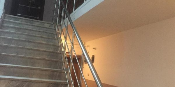 yatay-emniyetli-paslanmaz-merdiven-korkuluk(64)