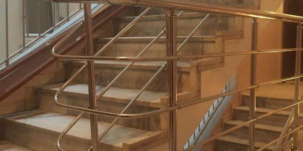 yatay-emniyetli-paslanmaz-merdiven-korkuluk(65)