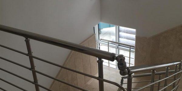 yatay-emniyetli-paslanmaz-merdiven-korkuluk(67)