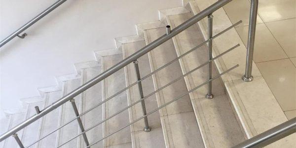 yatay-emniyetli-paslanmaz-merdiven-korkuluk(75)