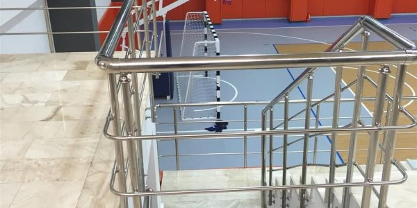 yatay-emniyetli-paslanmaz-merdiven-korkuluk(76)