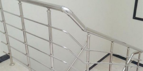 yatay-emniyetli-paslanmaz-merdiven-korkuluk(81)