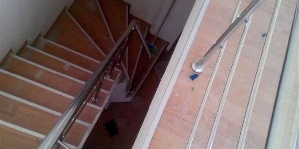 yatay-emniyetli-paslanmaz-merdiven-korkuluk(83)