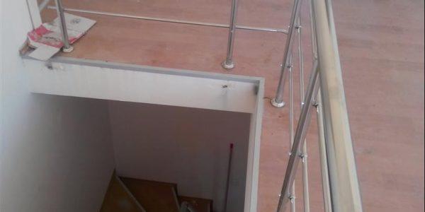 yatay-emniyetli-paslanmaz-merdiven-korkuluk(84)