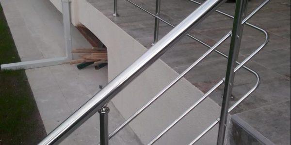 yatay-emniyetli-paslanmaz-merdiven-korkuluk(86)