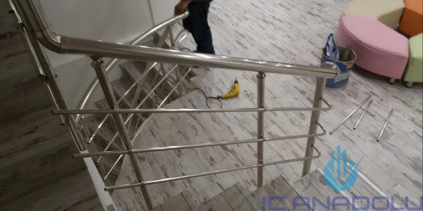 yatay-emniyetli-paslanmaz-merdiven-korkuluk(9)