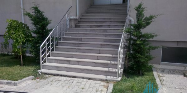 yatay-emniyetli-paslanmaz-merdiven-korkuluk(90)