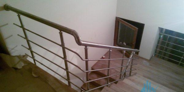 yatay-emniyetli-paslanmaz-merdiven-korkuluk(91)