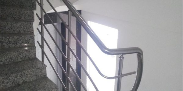 yatay-emniyetli-paslanmaz-merdiven-korkuluk(97)