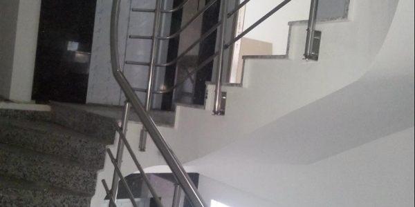 yatay-emniyetli-paslanmaz-merdiven-korkuluk(98)